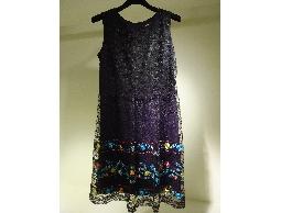 Tonlin彤綾精品~新品上市~黑色圓領裙擺花朵刺繡蕾絲背心洋裝