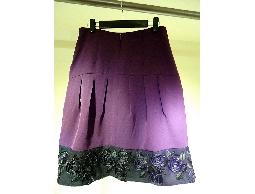 Tonlin彤綾精品~不撞衫~紫色素面剪接摺裙