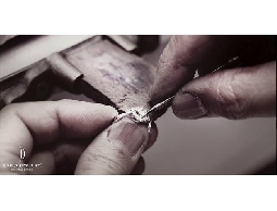 GIA國際鑽石、訂婚鑽戒客製、結婚黃金包套、黃金高價回收、k金高價回收、彌月送禮、飾品維修