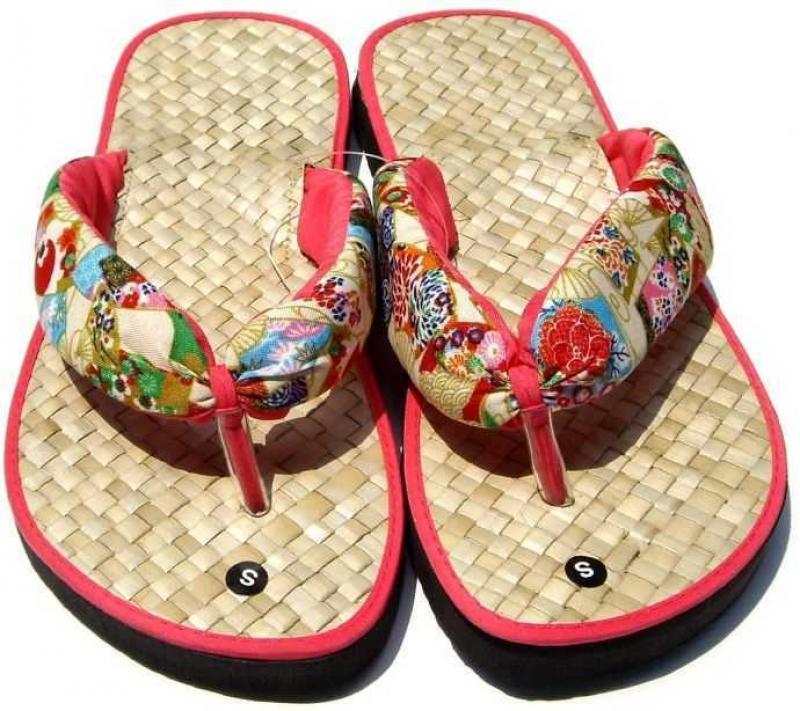自然草編拖鞋