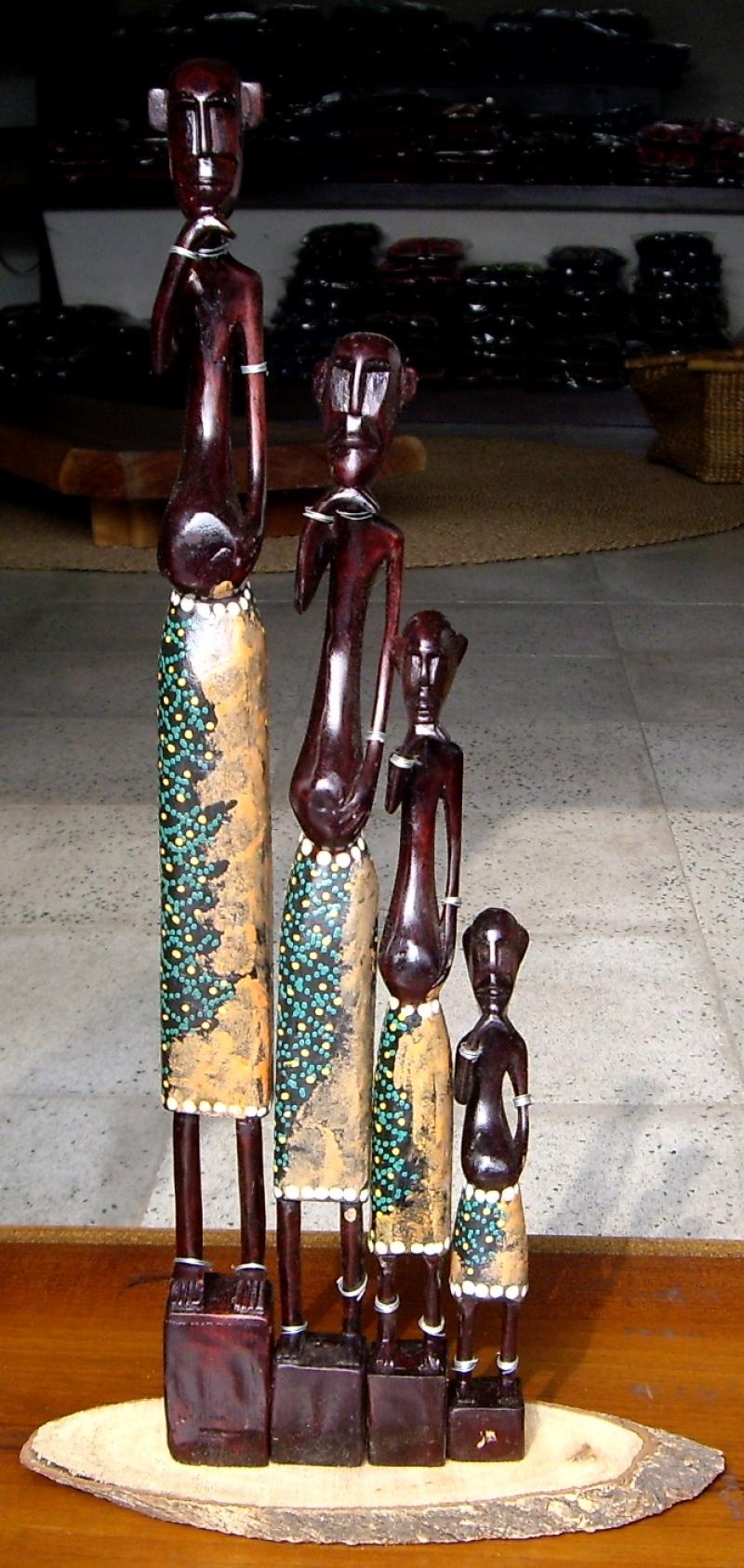 非洲木製人偶