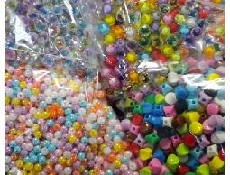 【羅東婉美手工藝、毛線】◎塑膠珠、項鍊頭、活動眼睛◎