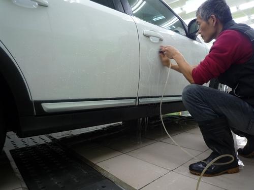 軟水拔除車漆上雜質