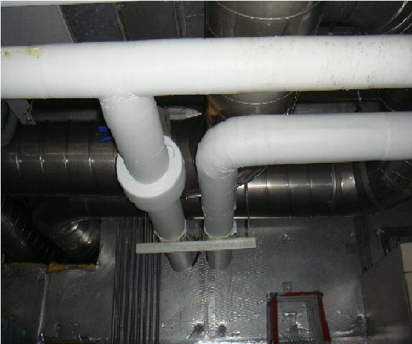 鹵水管保溫及標示安裝後