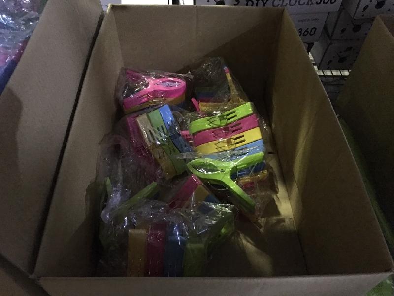 比團購便宜 大量晾曬架 香袋 去皮手套 思瓜海綿 冰棒盒【約翰家庭百貨】