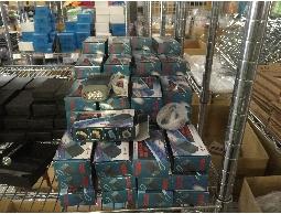比團購便宜 大量照明設備手壓式手電筒防水LED手電筒計時器【約翰家庭百貨】