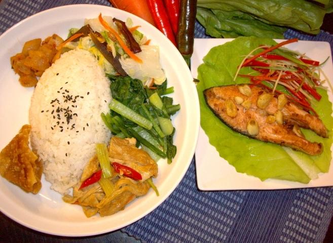 香煎鮭魚飯/麵