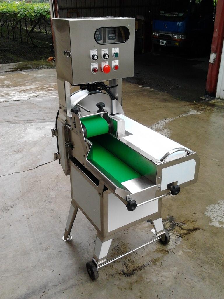 TM - 305A 中型切菜機(變頻)