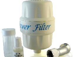 美膚除氯沐浴器(含濾心)**有效清潔自來水裡的氯及重金屬