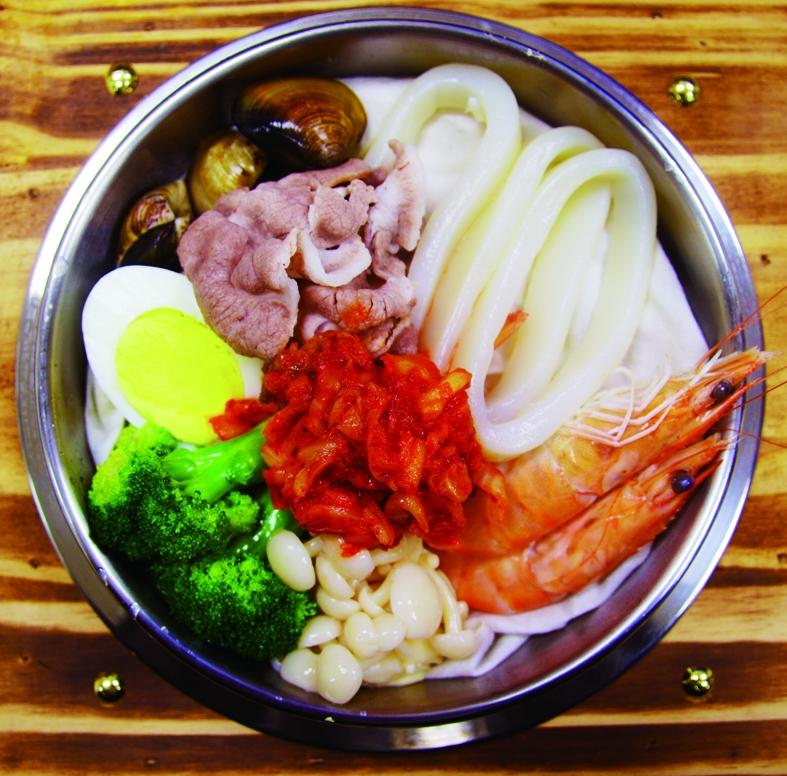 韓國泡菜海鮮冬粉鍋
