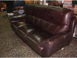 尋寶2手城~各式皮沙發! 幫我找個家