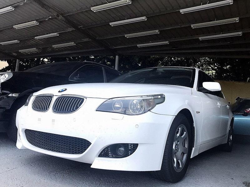 2005 BMW 520I