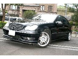 2003 BENZ C32