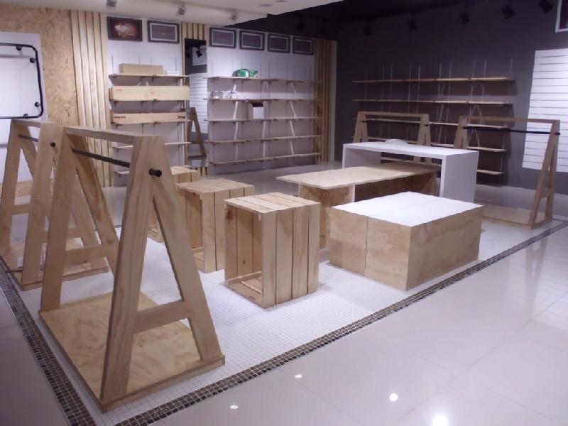 服飾店裝潢,展示空間完美呈現,好師傅好設計!