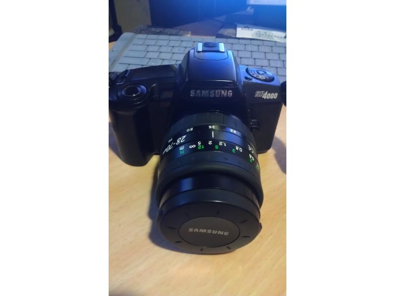賣SAMSUNG單眼SR4000鏡頭台幣5000元整 另附送機身相機 面交地點台北 台中