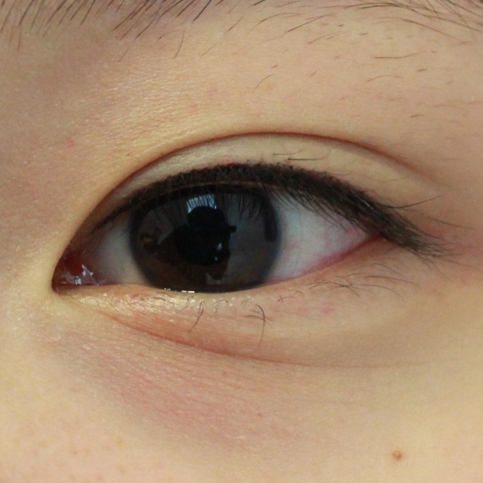 隱形上眼線