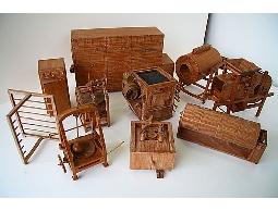 明宏彫刻-手工柚木風鼓機.檜木風榖.各式木雕歡迎訂做傳統農具風鼓機模型.