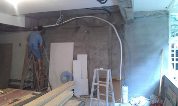 室內裝璜修改配合設計師冷氣施工