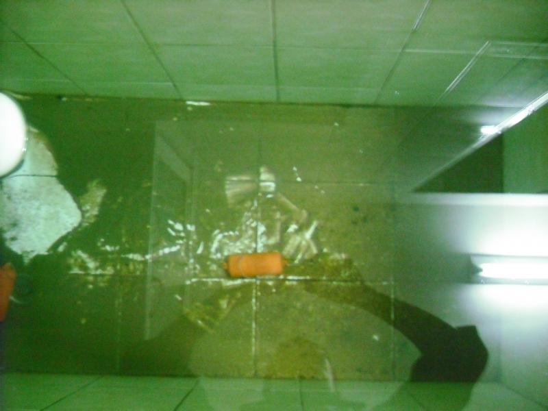 水塔環保清洗內部磁磚前