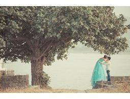 18吋婚紗相本製作與設計