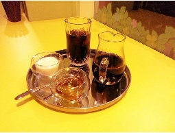 Dutch cafe\\\'咖啡館~冰滴,手沖咖啡,鬆餅,沙拉,三明治