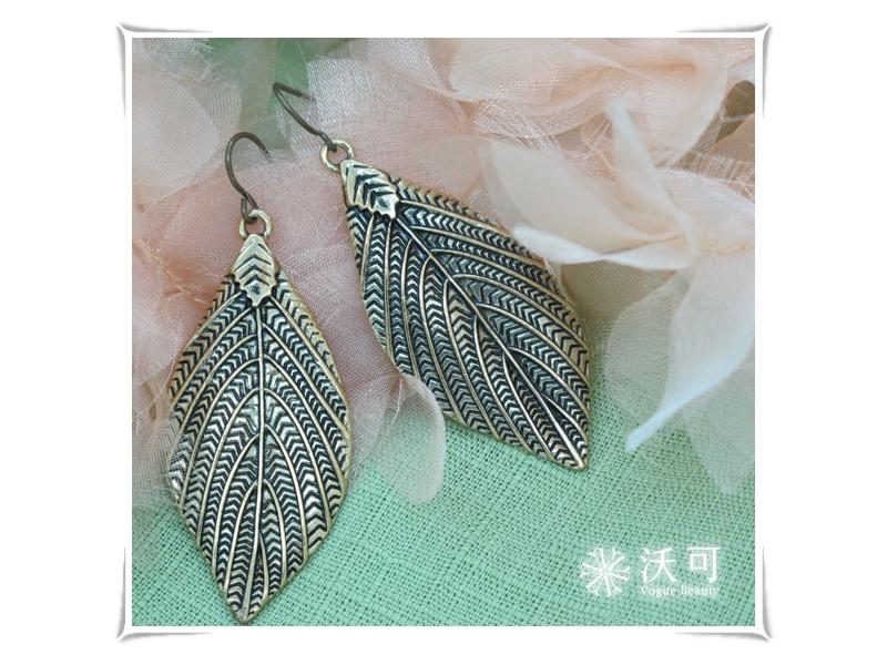 魅力單品葉片刻紋古銅色耳環✿028015A080001✿