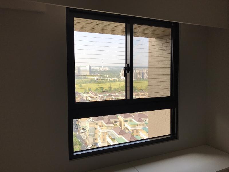隱形鐵窗-上半部防墜