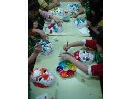美術教學課程教材服務