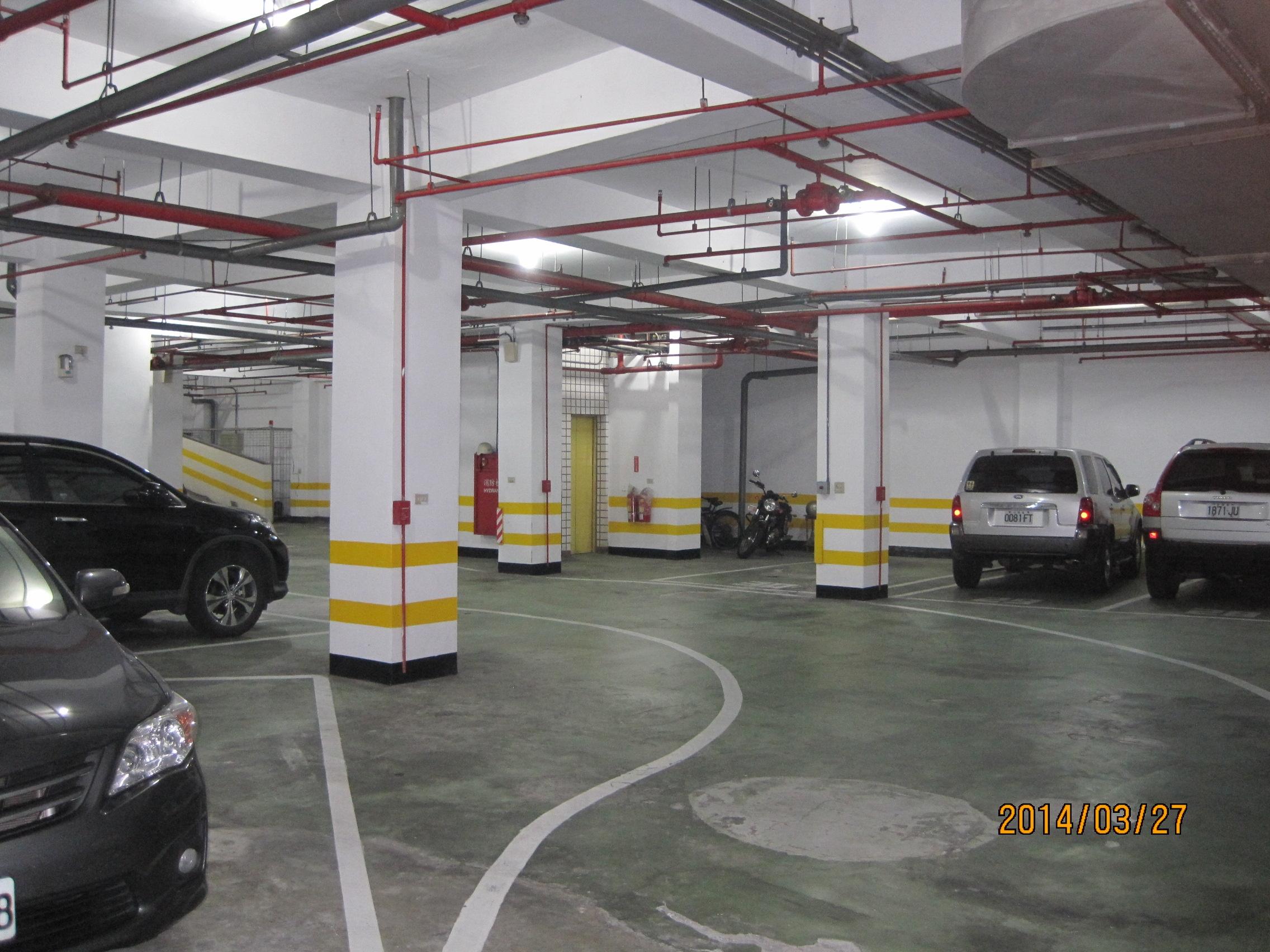 新竹縣政府 員工住宅-地下停車場