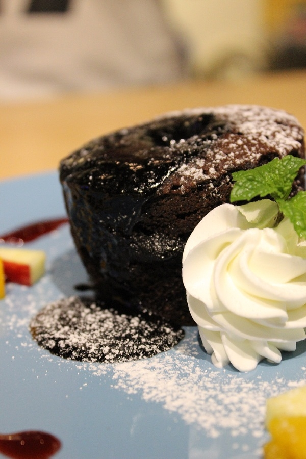 黑巧克熔岩布朗尼