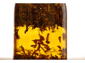 手工肥皂浸泡油愛草皂橙花