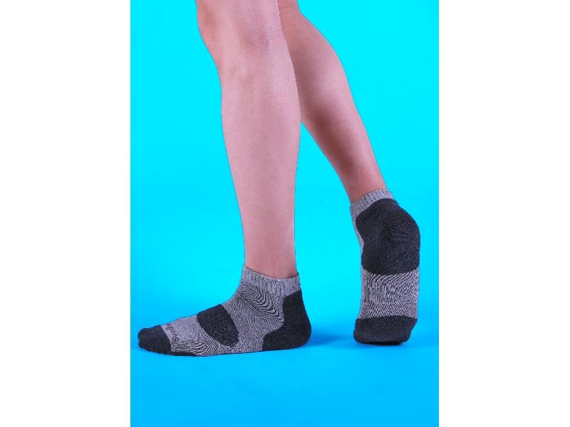 襪子、除臭襪首選sunair第三代滅菌除臭襪,顏色款式齊全