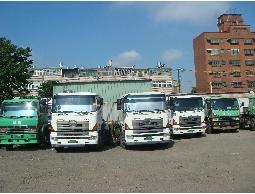 曳引車、半拖車、聯結車(連結車)、CY櫃運送、特種機械運送服務、回頭車(併車)